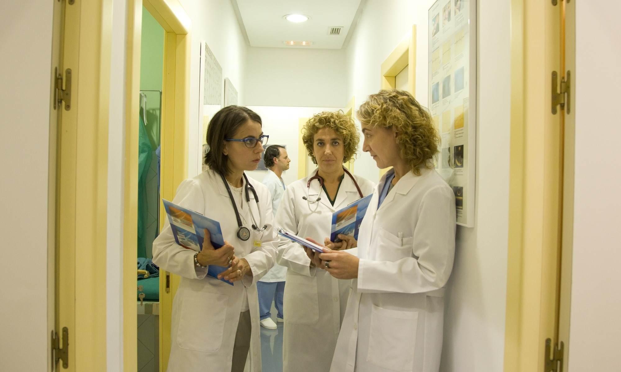 equipo veterinario colaborador